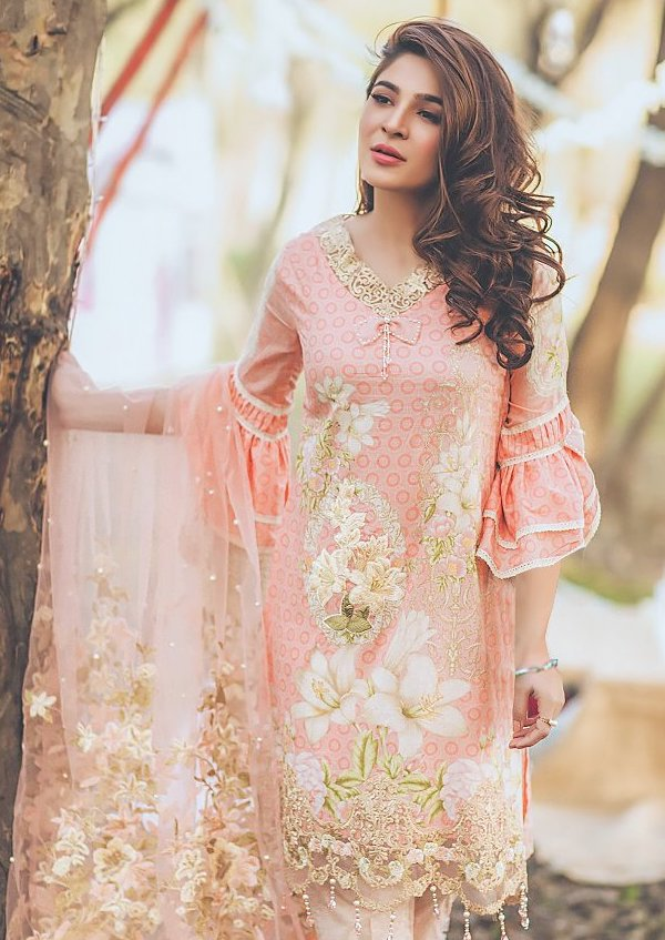 SHREE-FABS-SANA-SAFINAZ-SUMMER-COLLECTION-18-8