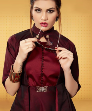 BUY PEHNAVA KURTIS ONLINE AT CHEAPEST PRICE IN SINGLE