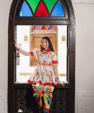 MESMORA DHOLIDA FOR NAVRATRI IN SINGLE 2019 COLLECTION (2)