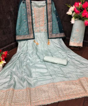GOWN MANUFACTURER 13921 A FOR RESELLER AT BEST PRICE